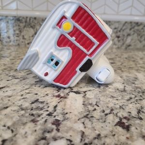 Scentsy camper wall plug in